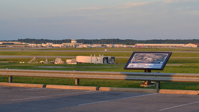 KBNA - Airport - Spotting Location