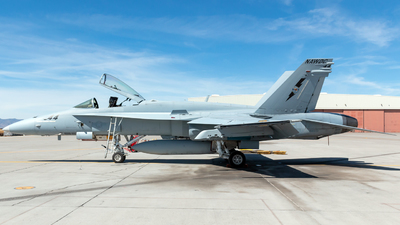 164033 - McDonnell Douglas F/A-18C Hornet - United States - US Navy (USN)