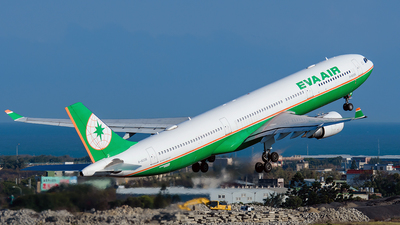 A picture of B16336 - Airbus A330302 - EVA Air - © ECHO