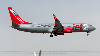 A picture of GJZHB - Boeing 7378K5 - Jet2 - © Rui Marques