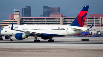 N703TW - Boeing 757-2Q8 - Delta Air Lines