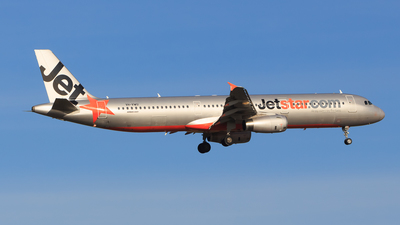VH-VWU - Airbus A321-231 - Jetstar Airways