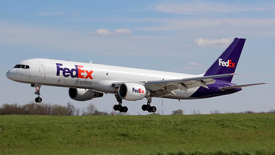 A picture of N789FD - Boeing 757222(SF) - FedEx - © Chrisjake