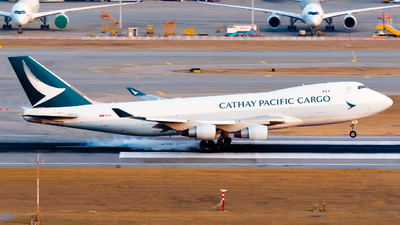 A picture of BLIC - Boeing 747467F(ER) - Cathay Pacific - © Ka Hung Yue