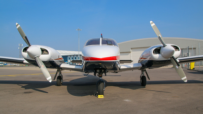 G-JDBC - Piper PA-34-200T Seneca II - Private