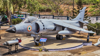IN621 - Hawker Siddeley Sea Harrier FRS.1 - India - Navy