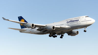 A picture of DABVW - Boeing 747430 - Lufthansa - © Frank T