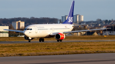 A picture of LNRCN - Boeing 737883 - SAS - © Ethan Hew - p_nilly