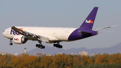 A picture of N892FD - Boeing 777FS2 - FedEx - © Xu Zijun