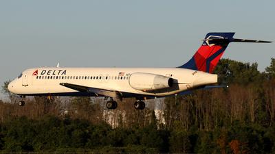 N943AT - Boeing 717-2BD - Delta Air Lines