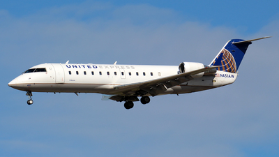 N451AW - Bombardier CRJ-200LR - United Express (Air Wisconsin)