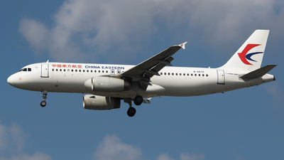 A picture of B6875 - Airbus A320232 - China Eastern Airlines - © Aircraft carrier FX