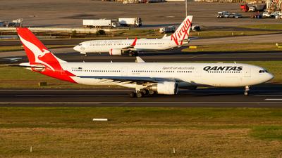 VH-QPA - Airbus A330-303 - Qantas - Flightradar24