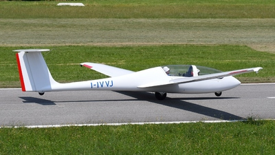 A picture of IIVVJ - Grob Twin Astir III - [] - © muma