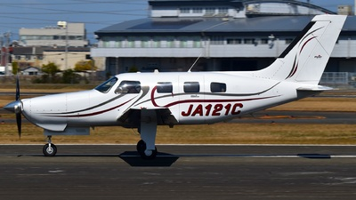JA121C - Piper PA-46-350P Malibu Mirage - Private