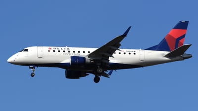 N860RW - Embraer 170-100SE - Delta Connection (Republic Airlines)
