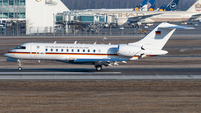 14-04 - Bombardier BD-700-1A11 Global 5000 - Germany - Air Force