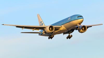 PH-BQO - Boeing 777-206(ER) - KLM Royal Dutch Airlines