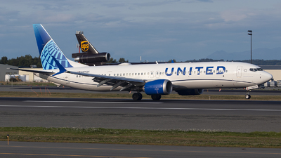 N37525 - Boeing 737-9 MAX - United Airlines