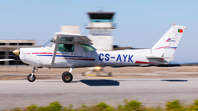 CS-AYK - Cessna 152 - Nortávia