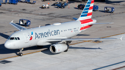 A picture of N801AW - Airbus A319132 - American Airlines - © Sandra