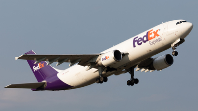 A picture of N669FE - Airbus A300F4605R - FedEx - © HAOFENG YU