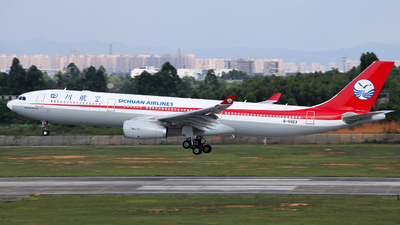 B-5923 - Airbus A330-343 - Sichuan Airlines