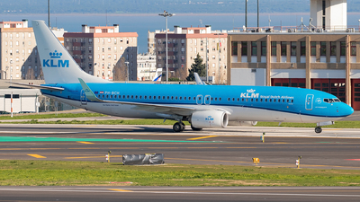 A picture of PHBCH - Boeing 7378K2 - KLM - © Diogo Vicente