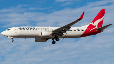 VH-XZK - Boeing 737-838 - Qantas