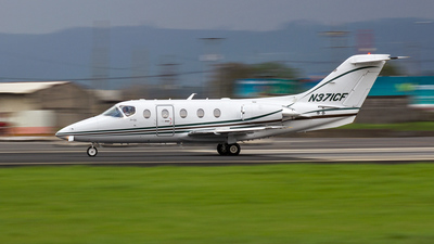 A picture of N371CF - Hawker Beechcraft 400XP - [RK351] - © Philippe R