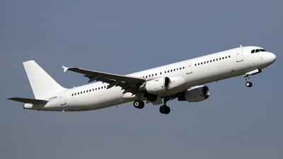 A picture of GPOWU - Airbus A321211 - Titan Airways - © Darius Swoboda