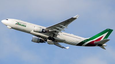 A picture of IEJGB - Airbus A330202 - Alitalia - © Mj_Aviation