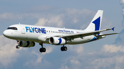 ER-00007 - Airbus A320-232 - FlyOne