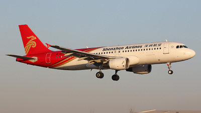 B-6937 - Airbus A320-214 - Shenzhen Airlines