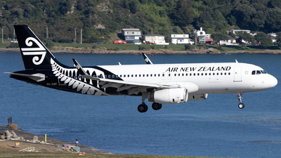 ZK-OXF - Airbus A320-232 - Air New Zealand