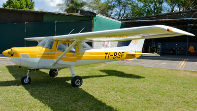 TI-BGF - Cessna 152 II - Private