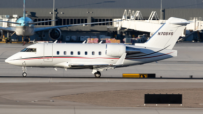 N705VS - Bombardier CL-600-2B16 Challenger 604 - Private