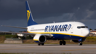 A picture of EIEVM - Boeing 7378AS - Ryanair - © Carlos Miguel Seabra