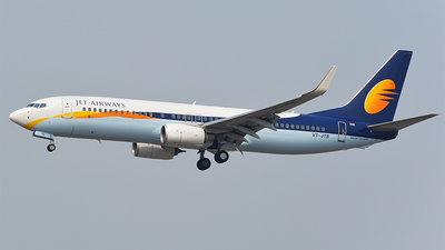 VT-JTB - Boeing 737-85R - Jet Airways