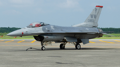 92-3893 - Lockheed Martin F-16CJ Fighting Falcon - United States - US Air Force (USAF)