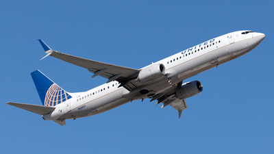 A picture of N68821 - Boeing 737924(ER) - United Airlines - © Yixin Chen