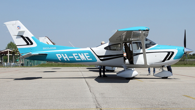 PH-EME - Cessna 182T Skylane - Private
