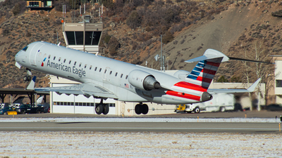 A picture of N713SK - Mitsubishi CRJ701ER - American Airlines - © Watts Brooks