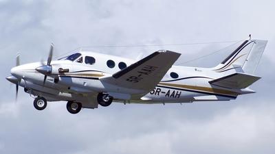 5R-AAH - Beechcraft C90 King Air - Private