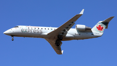 C-GKGC - Bombardier CRJ-200LR - Air Canada Express (Jazz Aviation)