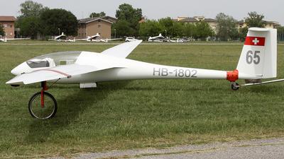 HB-1802 - Schempp-Hirth Discus B - Private