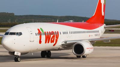 HL8323 - Boeing 737-8AS - T'Way Air