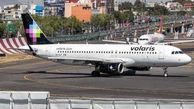 XA-VLF - Airbus A320-233 - Volaris