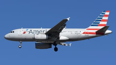 A picture of N828AW - Airbus A319132 - American Airlines - © DJ Reed - OPShots Photo Team