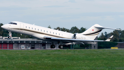 OE-IRS - Bombardier BD-700-1A10 Global 6000 - Private